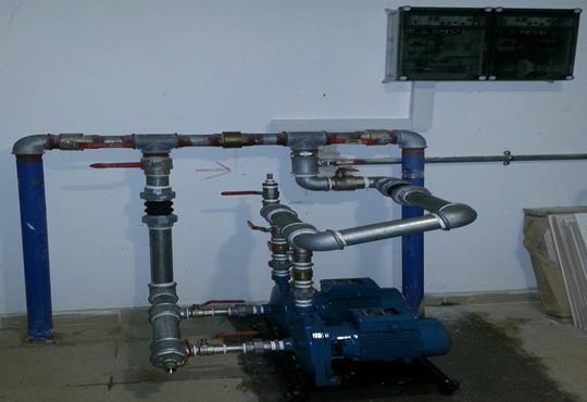 התקנה-של-משאבת-לחץ-מים