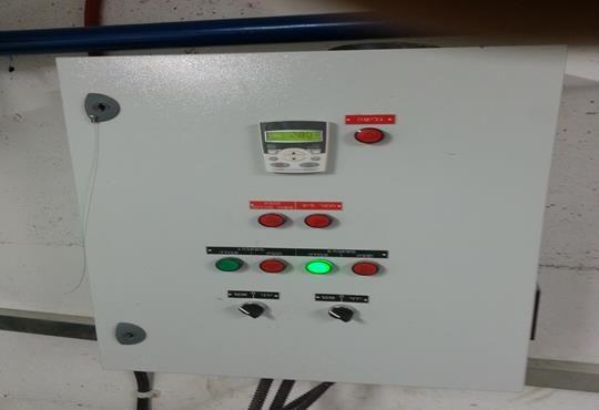 לוח חשמל לתפעול משאבות