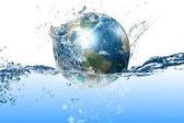 איך אפשר לשמור על המים צלולים?